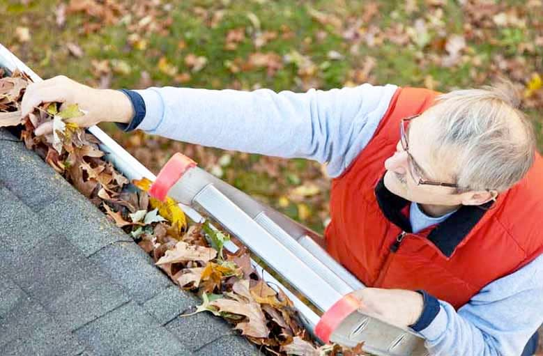 Cleaning Gutters Using a Leaf Blowers